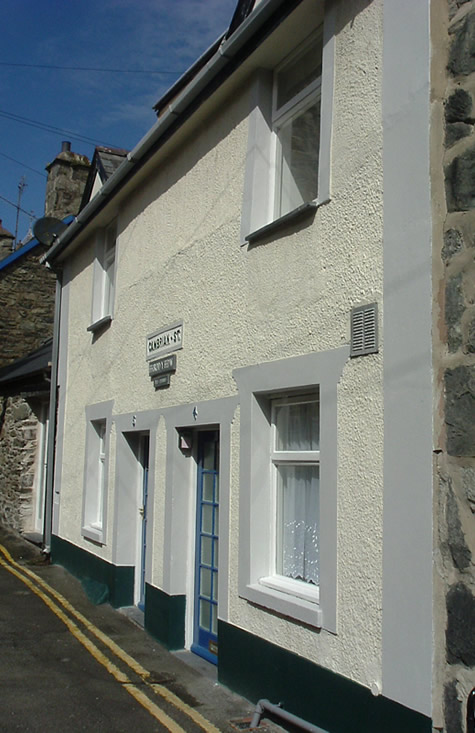 Click for a cottage in Barmouth