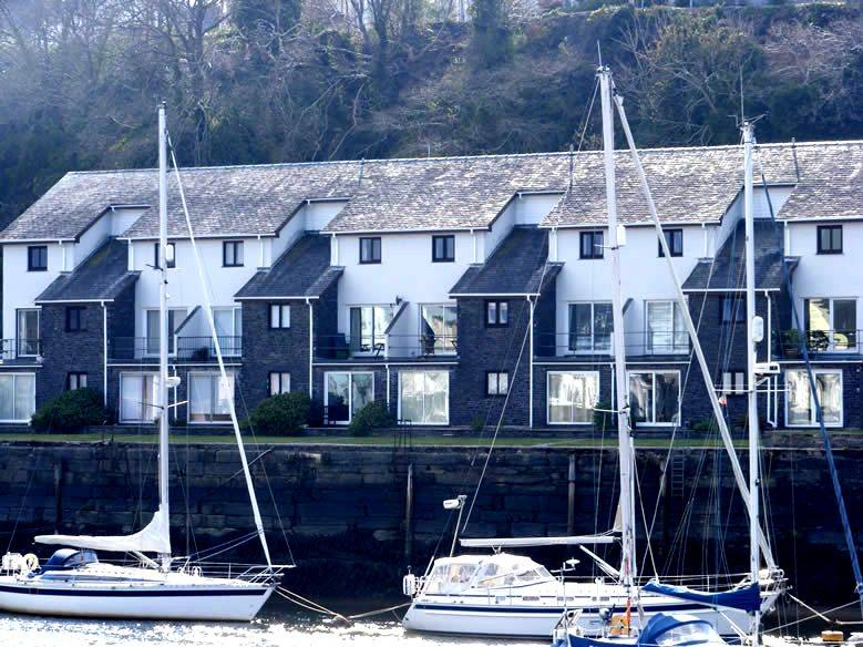 Picture Of 6 Oakley Wharf Holiday Cottage