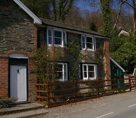 Picture Of Dan Y Coed Holiday Cottage